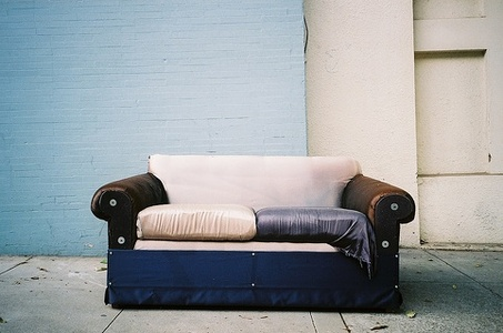 How To Reupholster A Couch - Free Articles Directory | Submit